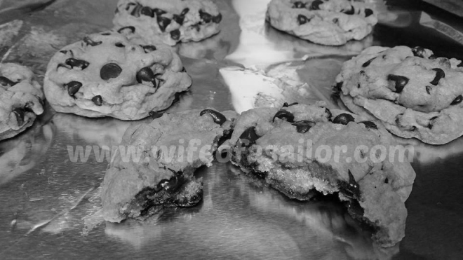 Gender Reveal Cookies- b w